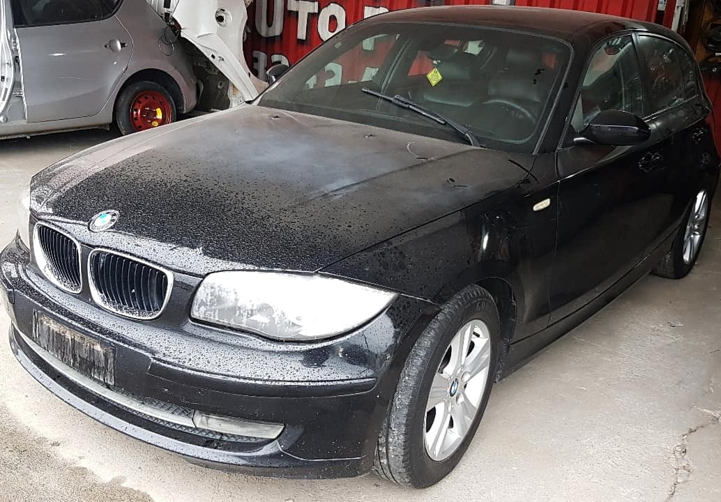 Sucata BMW 120i 2010 Completa Automatica N46